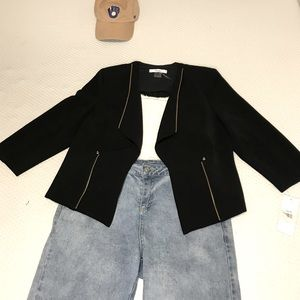 💥3 FOR $15💥New With Tag TanJay Zip Detail Blazer